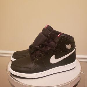 Nike Jordans 8.5